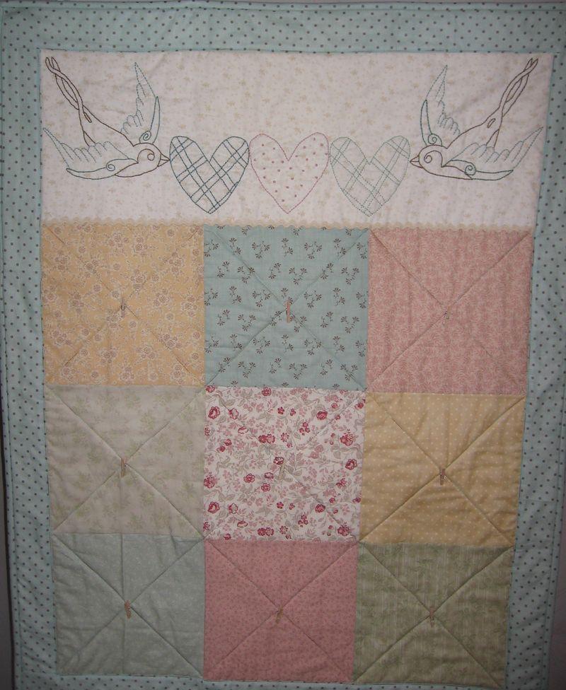 Baby Bird Quilt 012